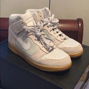 Nike dunk high 8.5 M